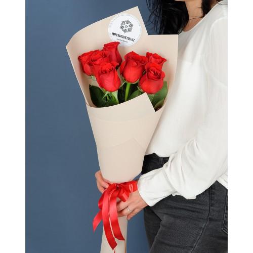 Купить на заказ Букет из 7 роз с доставкой в Сарани