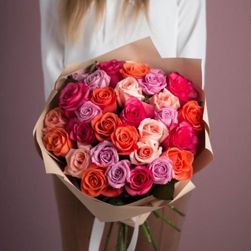 Купить на заказ Букет из 25 роз (микс) с доставкой в Сарани
