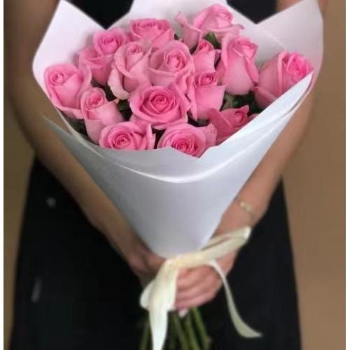 Купить на заказ 15 розовых роз с доставкой в Сарани