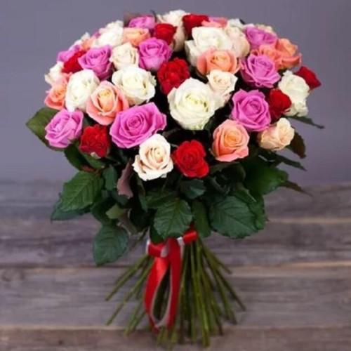 Купить на заказ Букет из 31 розы (микс) с доставкой в Сарани